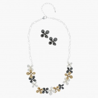 Studded Necklace with Earring Set