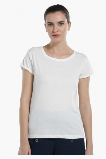 Round Neck Knit T-Shirt with Short Sleeves