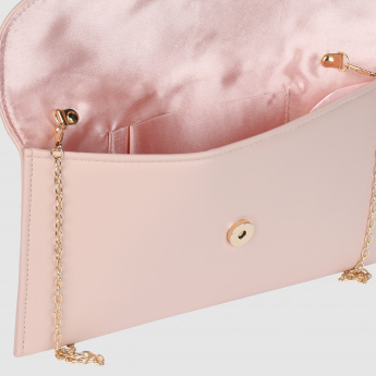 Clutch with Flap and Magnetic Snap Closure