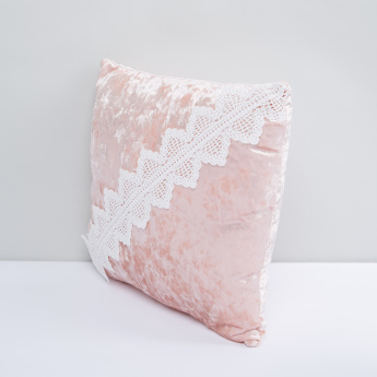 Tetured Square Filled Cushion with Lace Detail