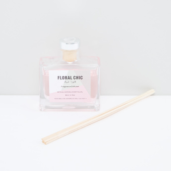 Floral Chic Fragrance Reed Diffuser