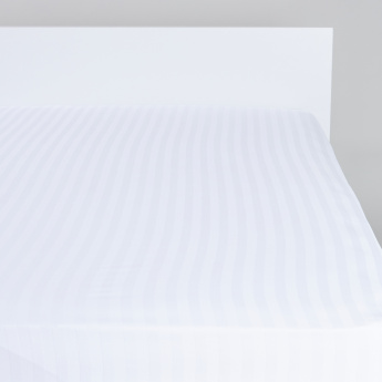 Striped Fitted Sheet- 180×200×25 cms