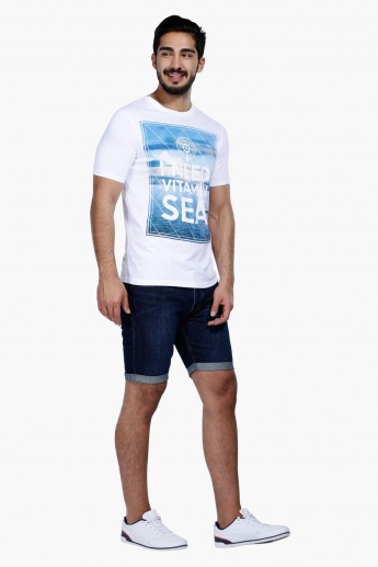 Printed Short Sleeves T-Shirt with Round Neck in Regular Fit