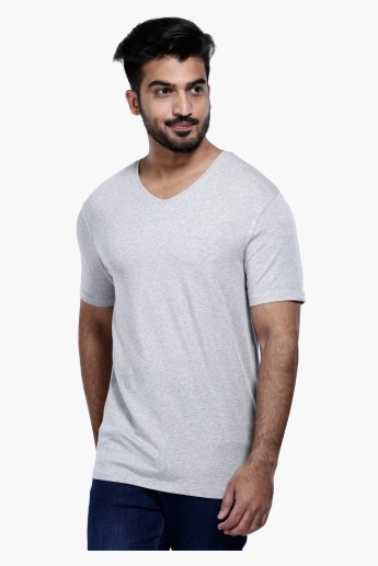 Melange Print V-Neck T-Shirt with Short Sleeves in Slim Fit