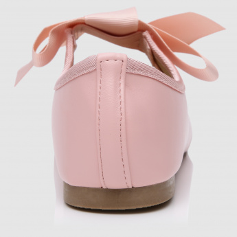 Mary Jane Shoes with Bow Applique