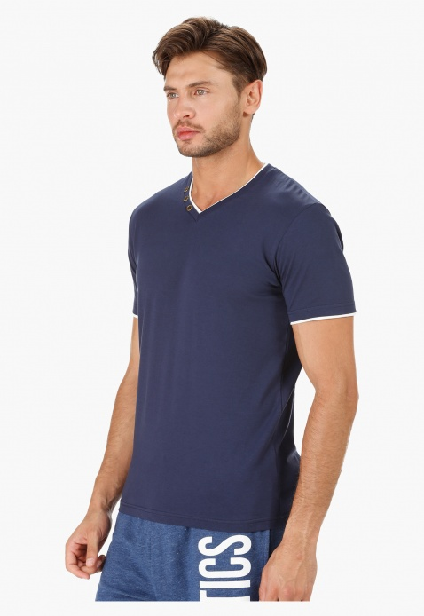 V-Neck Cotton T-Shirt with Short Sleeves in Slim Fit