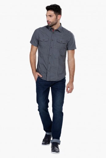 Short Sleeves Shirt with Complete Placket on the Front
