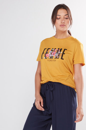 Graphic Printed T-Shirt with Short Sleeves and Embroidery