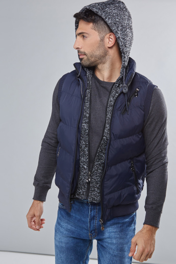 Quilted Sleeveless Jacket with Zip Closure and Hood