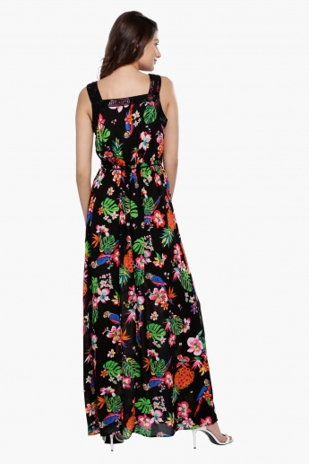 Printed Sleeveless Maxi Dress with V-Neck and Slit