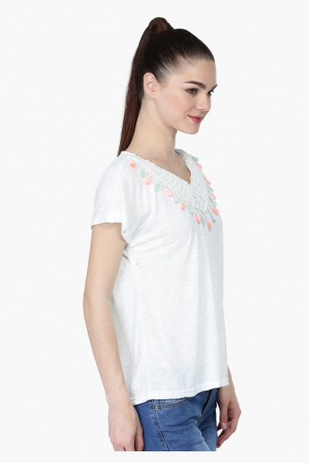 Crochet Short Sleeves Top with V-Neck