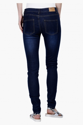 Full Length Mid-Rise Jeans in Straight Fit