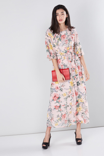 5fe98871b5ecb Floral Printed Maxi Dress with Flared Sleeves
