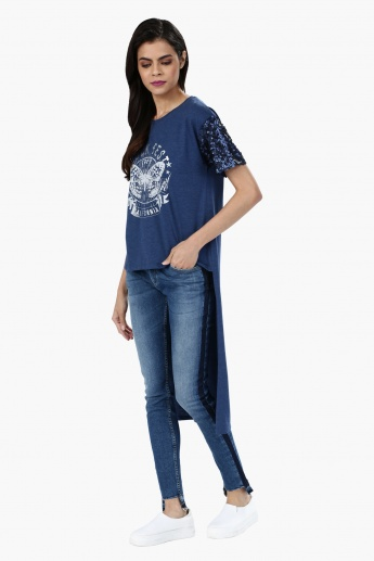 Printed Short Sleeves Sequin T-Shirt with High Low Hem