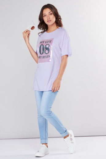 Embellished Longline T-Shirt with Round Neck and Short Sleeves