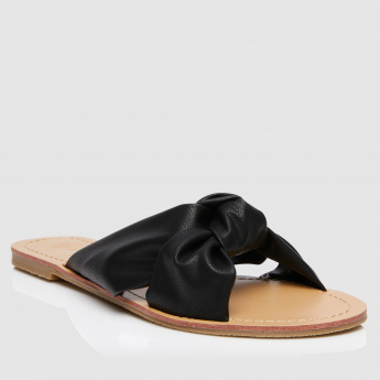 Textured Flat Sandals with Knot