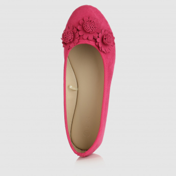 Slip-On Shoes with Flower Applique