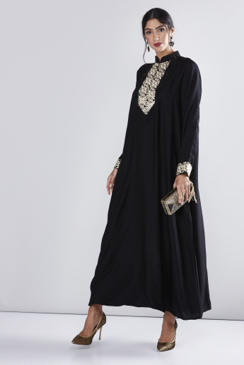 Embroidered Abaya with Long Sleeves