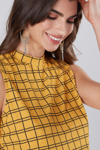 Chequered Sleeveless Top with High Neck