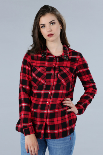 Chequered Long Sleeves Shirt with Studded Collar