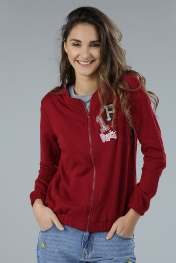 Long Sleeves Sweatshirt with Embroidered Applique