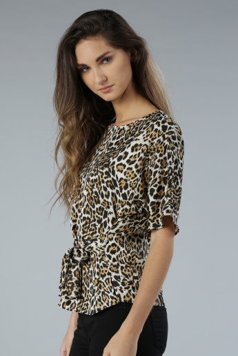 Animal Print Short Sleeves Wrap Around Top