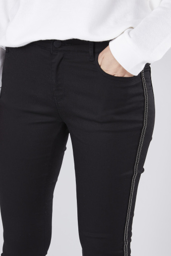 Full Length Mid-Rise Jeans in Skinny Fit with Embellished Tape Detail