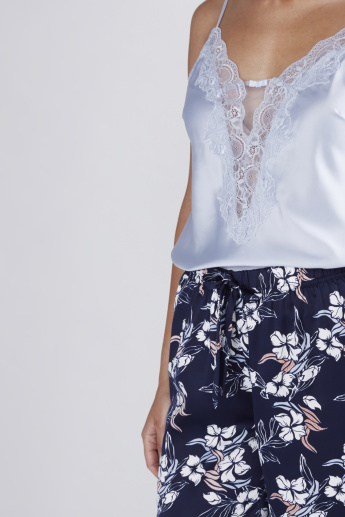 Lace Detail Top and Floral Printed Pyjama Set