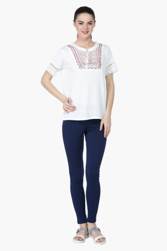 Embroidered Short Sleeves Tassel Top