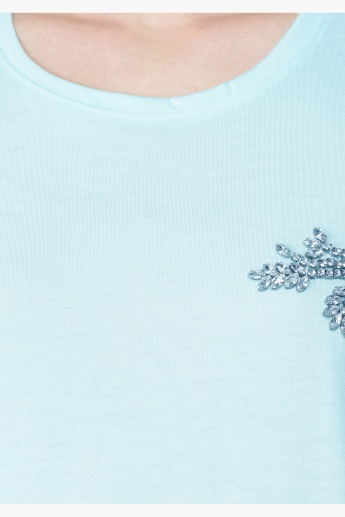 Stud Embellished Short Sleeves T-Shirt