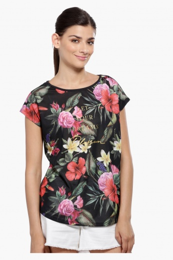 Printed Short Sleeves Top with Round Neck
