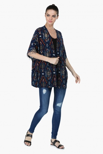 Printed Short Sleeves Shrug with Fringes