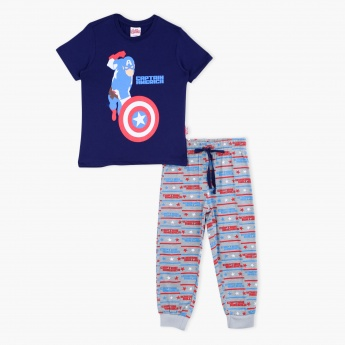 Avengers Printed T-Shirt and Pyjama Set