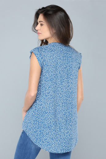 Printed Top with V-Neck and Cap Sleeves