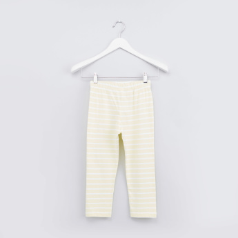 Printed Short Sleeves T-shirt and Striped Pyjama Set