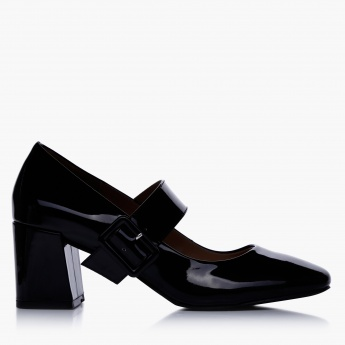 Mid Heel Shoes with Buckle Closures