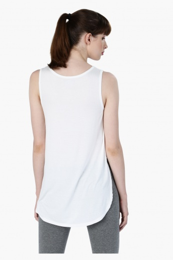 Sleeveless Printed T-Shirt with High-Low Hem