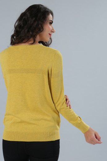 Sweater with Round Neck and Long Sleeves