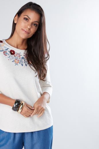 Embroidered Top with Round Neck and 3/4 Sleeves