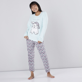 Printed Long Sleeves T-Shirt with Jog Pants